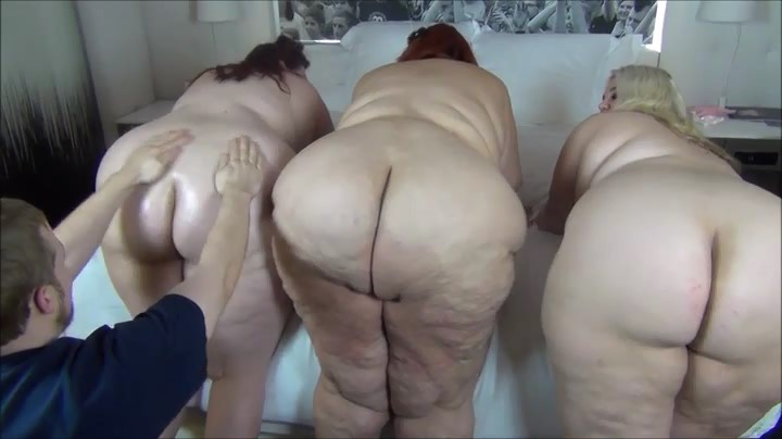Blonde on top of girls facesitting